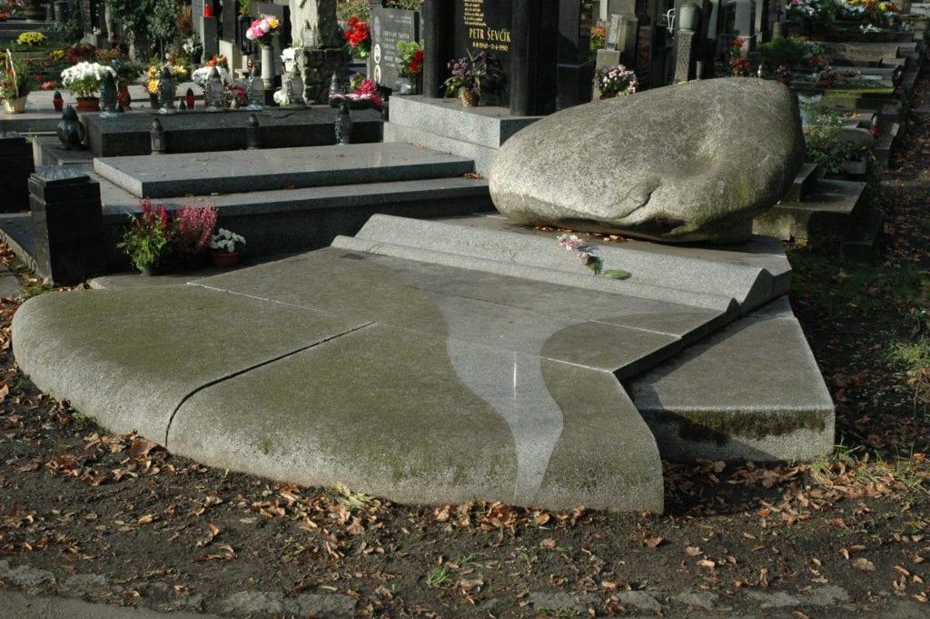hrobka smrkovský,1992,3