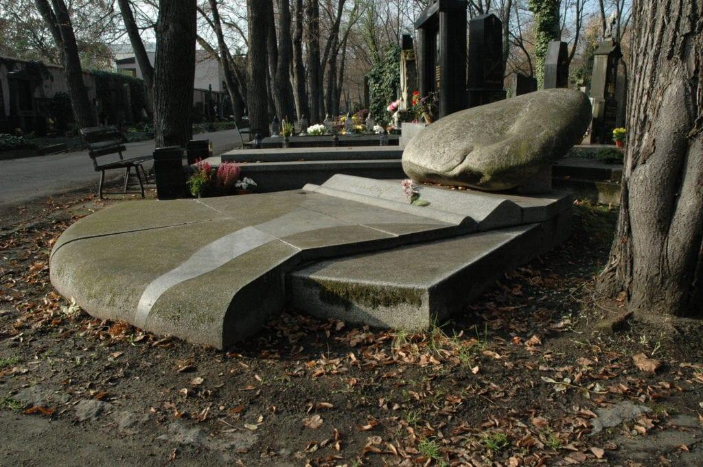 hrobka smrkovský,1992,5